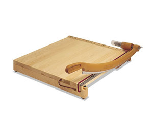 "ACCO Brands Corporation 1142A ClassicCut Ingento Solid Maple Paper Trimmer, 15 Sheets, Maple Base, 15"" x 15"" by ACCO BRANDS, INC."