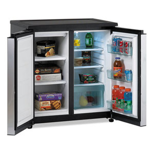 Avanti Products RMS550PS 5.5 CF Side by Side Refrigerator/Freezer, Black/Stainless Steel by AVANTI